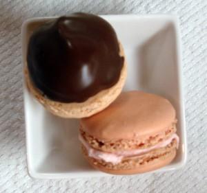 Macarons from acrumptiouslife.com