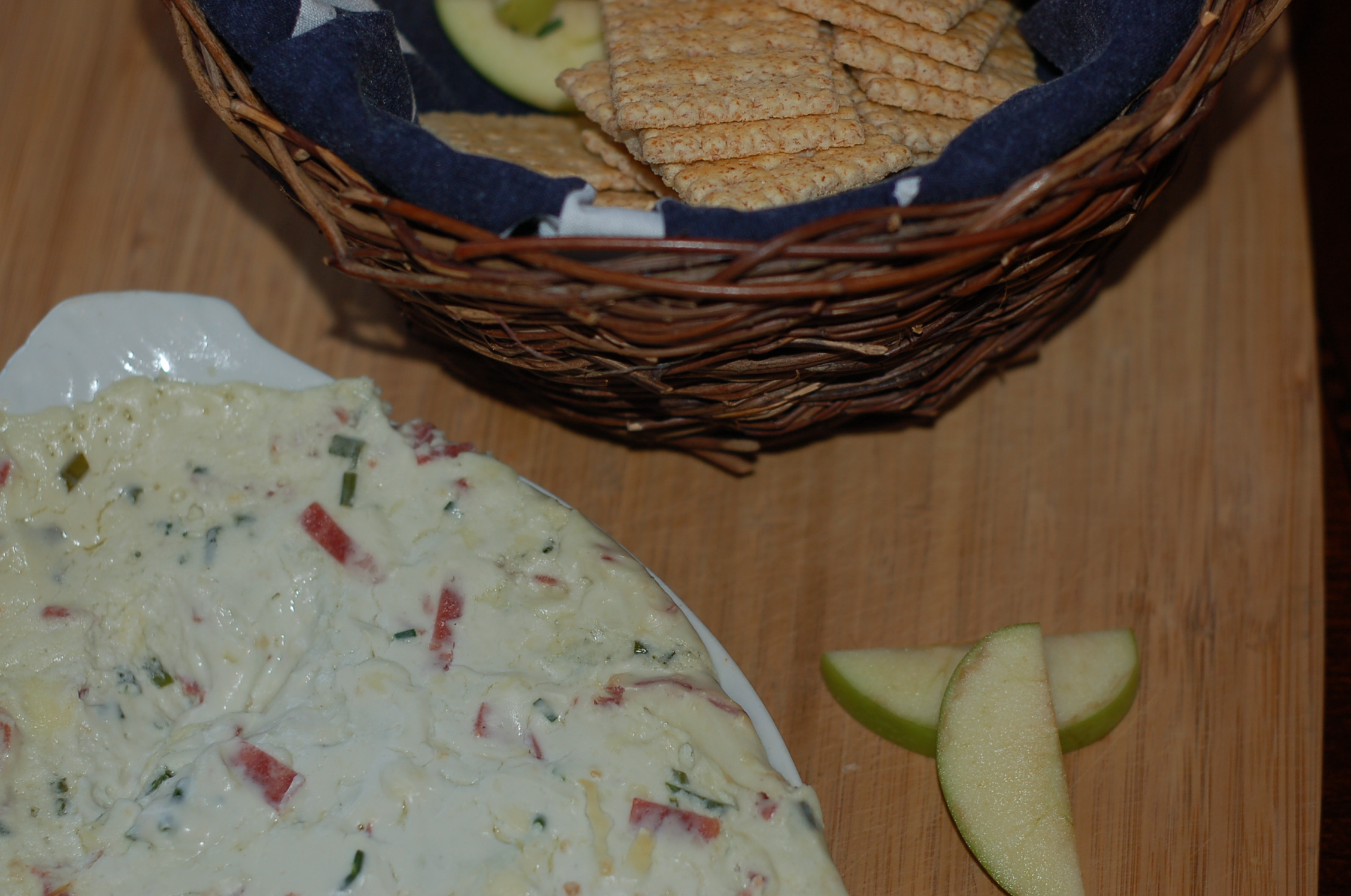 Blue Cheese Dip w/ Bacon from ascrumptiouslife.com