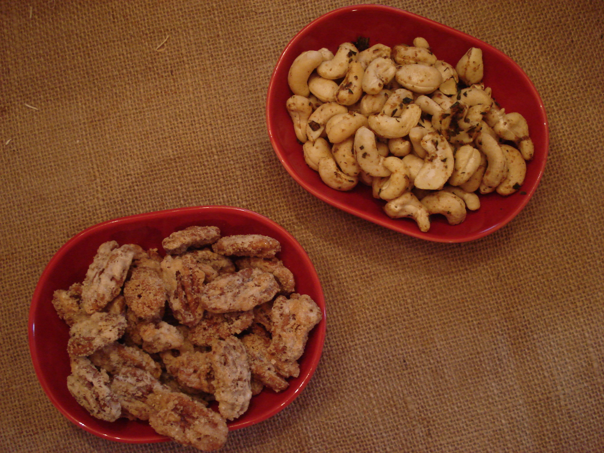 Sweeet and Savory Nuts form ascrumptiouslife.com