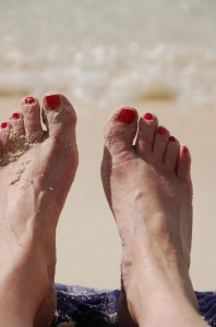 Toes at the beach - ascrumptiouslife.com