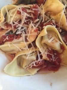 Quick Pasta Sauce from ascrumptiouslife.com