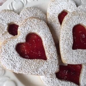 Valentine Linzer Cookie